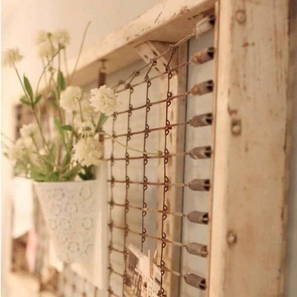 Wonderful vintage child's crib