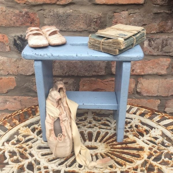 Gorgeous little vintage milking stool