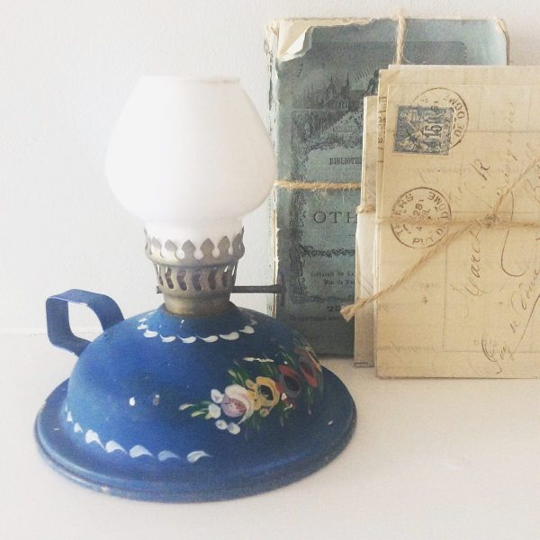 Sweet vintage hand painted oil lamp