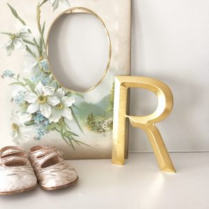 Lovely reclaimed gold shop letter - R (13cm)