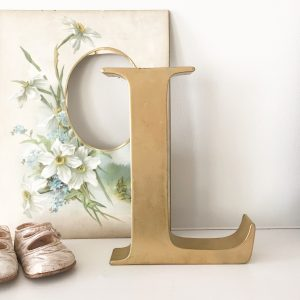 Lovely vintage gold shop letter L (Freestanding - 20cm)