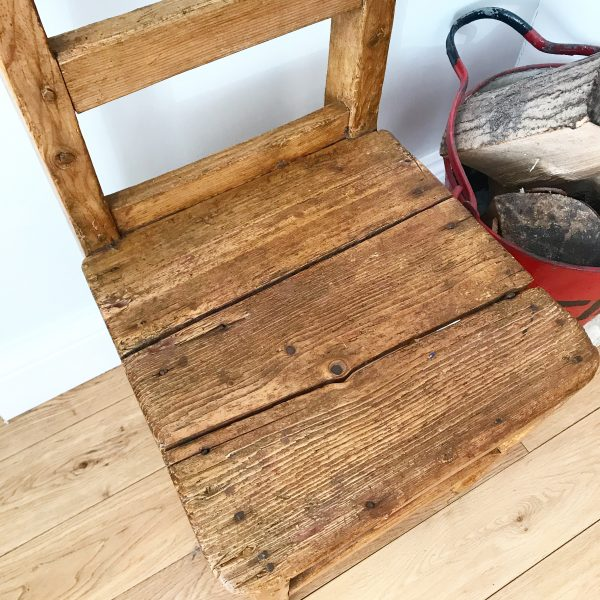 Beautiful antique wooden child's chair (Dating from 1860's)