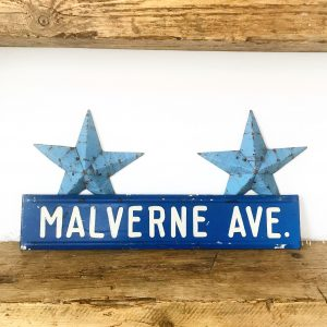 Wonderful old American street sign
