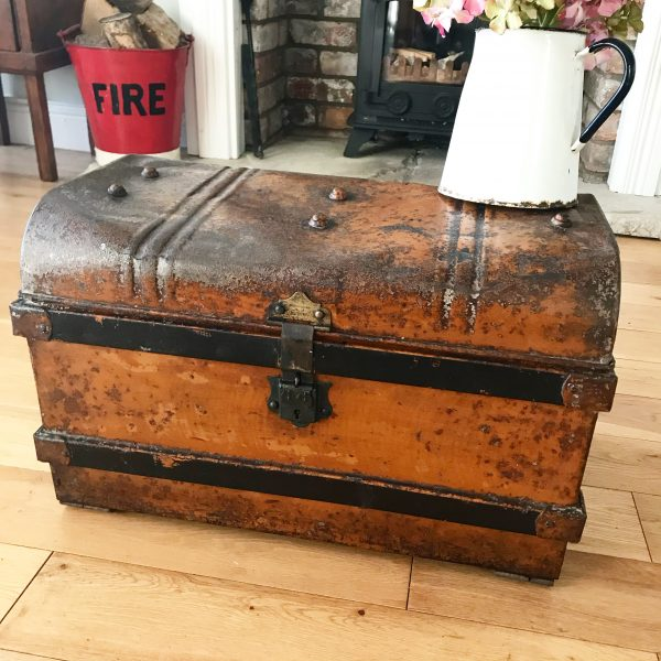Gorgeous vintage tin trunk with beautiful detailing