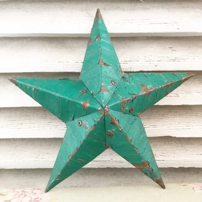 Beautiful dark green Amish Barn Star