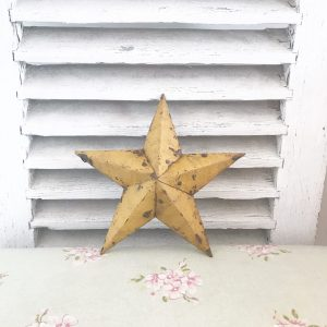 Magnificent mustard colour Amish barn star