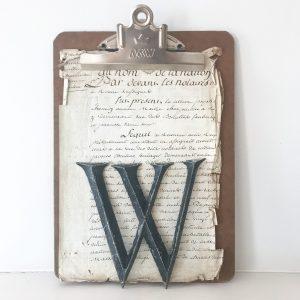 Wonderful old reclaimed metal letter (W - 16cm)