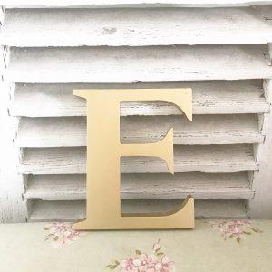 Lovely vintage gold shop letter E (Freestanding - 19cm)