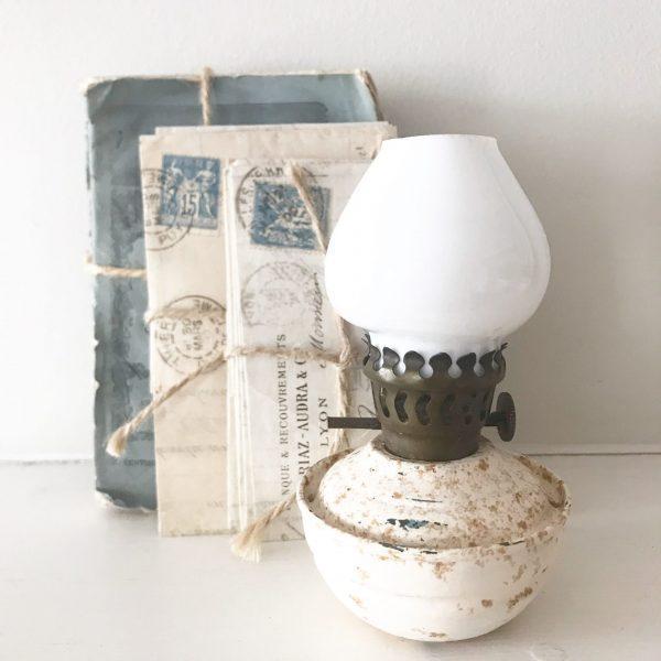Charmingly shabby vintage cream nursery oil lamp #2
