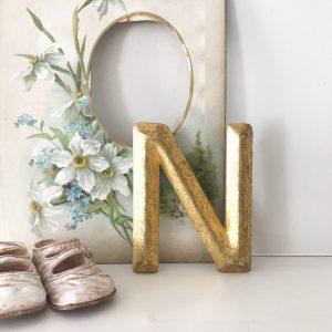 Wonderfully worn vintage gold letter N (14cm)