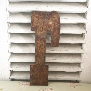 Wonderful old rusted metal shop sign letter r