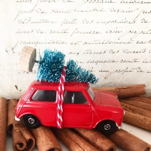 Beautiful classic original diecast mini with bottle brush tree