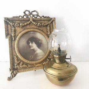Lovely little vintage brass nursery oil lamp