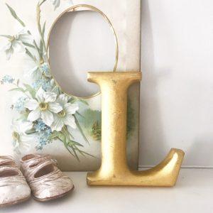 Lovely little reclaimed gold gilt letter L (15cm)