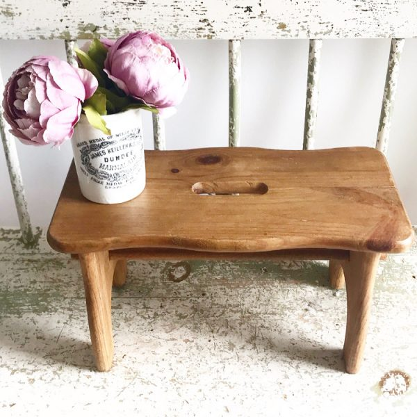 Beautiful little vintage milking stool