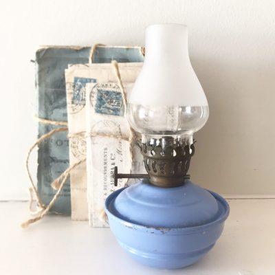 Wonderful little lilac vintage oil lamp