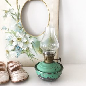 Beautiful little shabby vintage nursery oil lamp