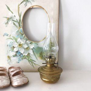 Beautiful vintage brass nursery oil lamp