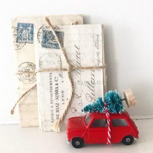 Beautiful classic original diecast mini with bottle brush tree